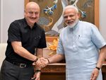 Anupam Kher receives heartwarming letter from PM Narendra Modi on his book