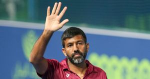 Bopanna ties up with Ben McLachlan