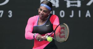 Easy win for Serena, Osaka, Djokovic on day one of Australian Open