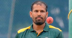 Yusuf Pathan announces retirement