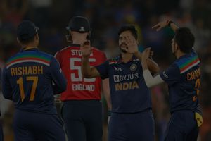 India restrict England to 164/6 in 2nd T20I