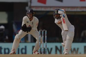 India reach 80/4  in reply to England's 205 at lunch on Day 2