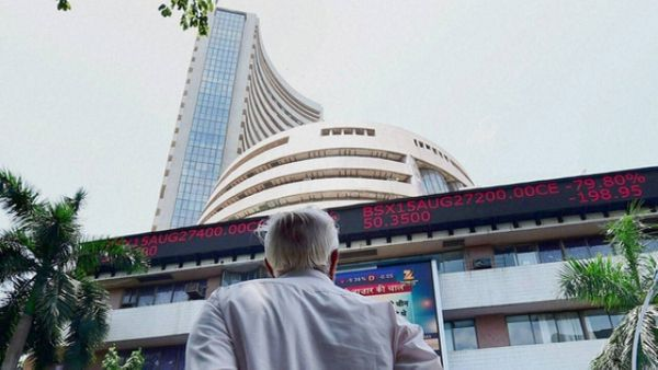 Sensex tanks 650 points, auto, IT stocks fall